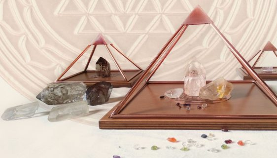 meru piramide kristallen